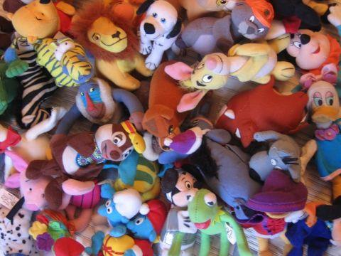Дети играют только одной из 20 своих игрушек